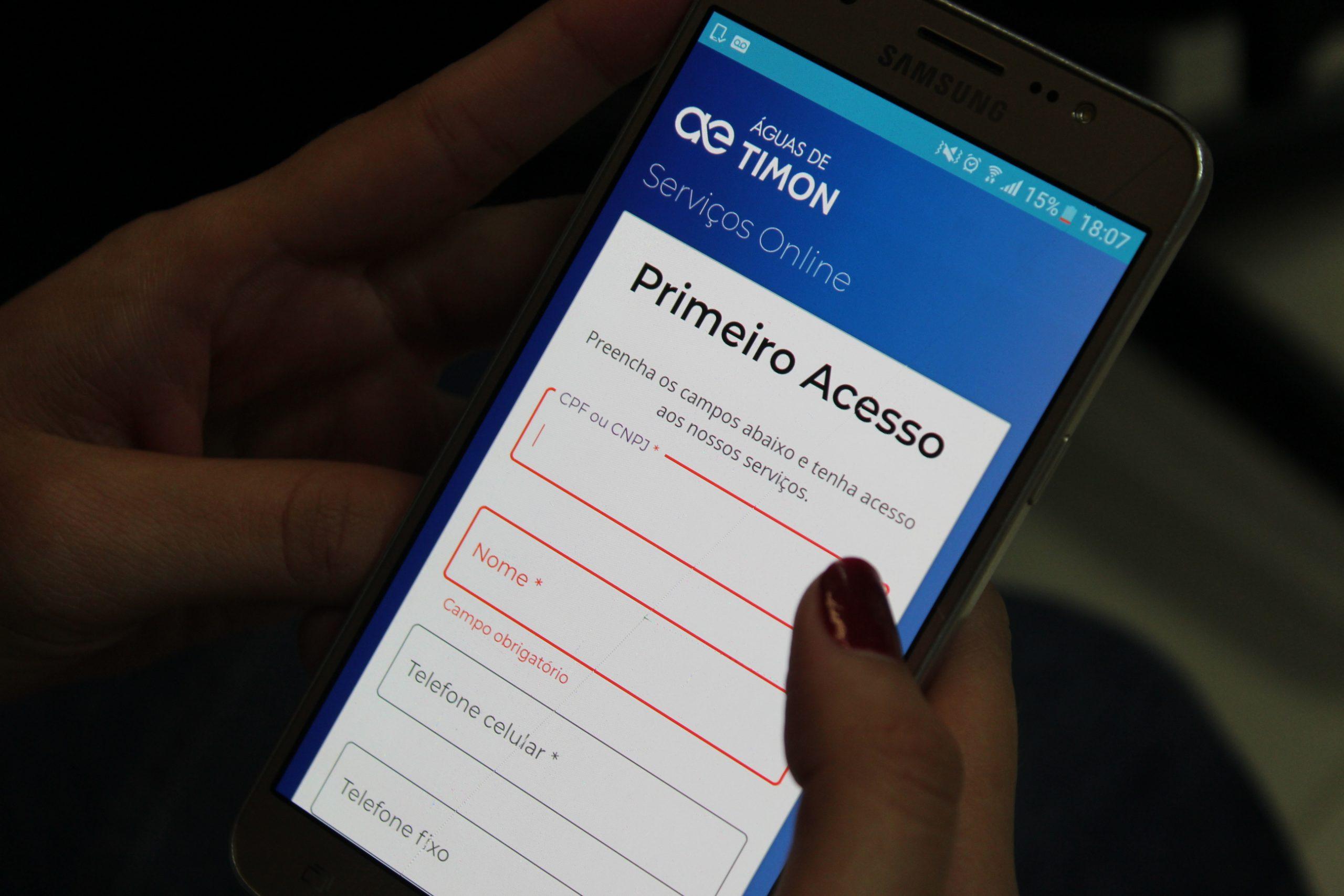 Em Timon, moradores podem pagar faturas de água utilizando aplicativos